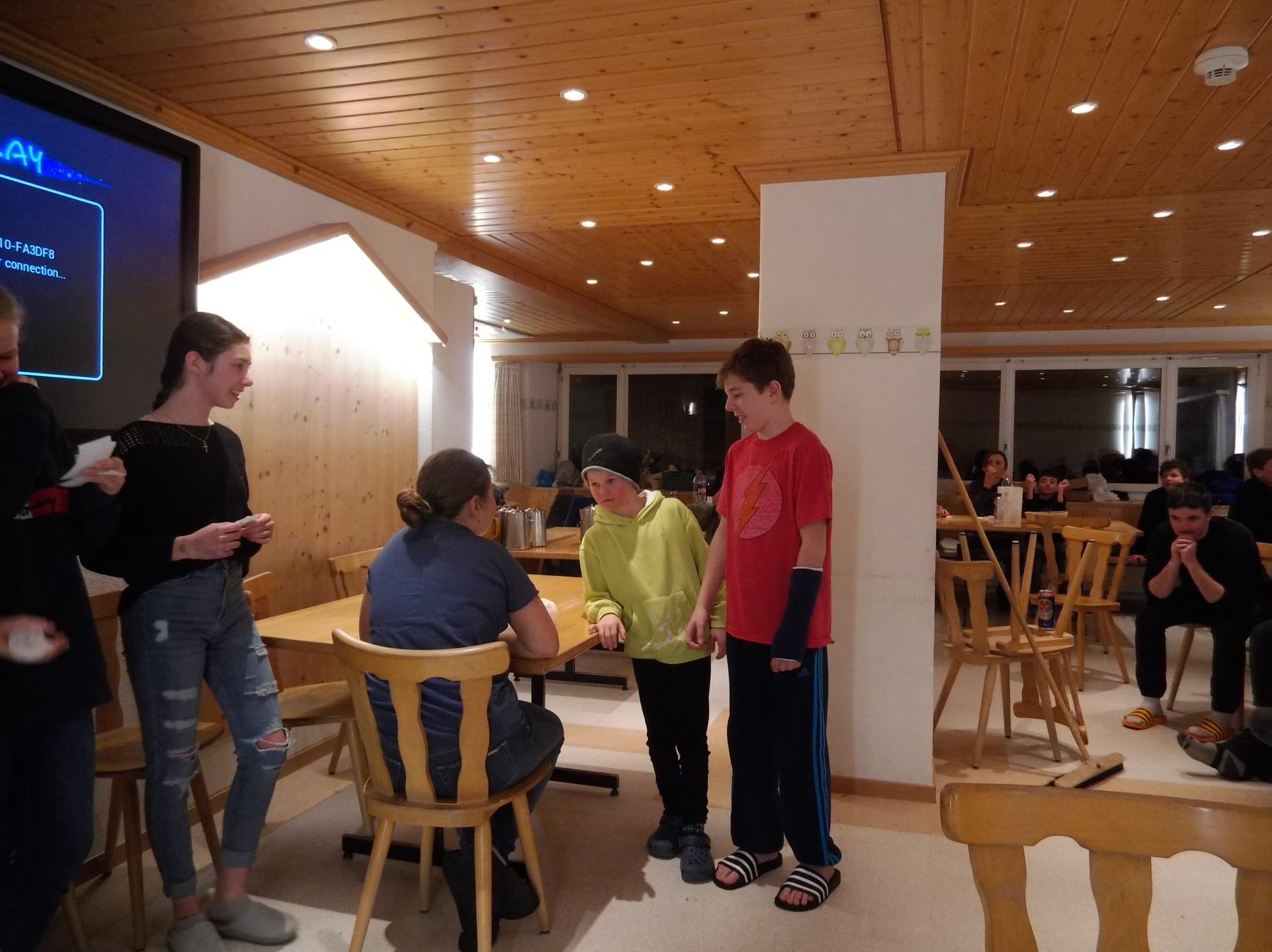 Skilager 2020 Freitag bunter Abend (2)